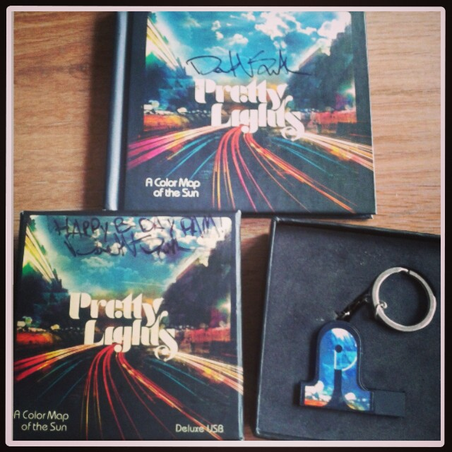 Pretty Lights USB