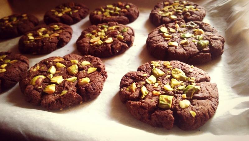 Ash's chocolate & pistachio protein cookies