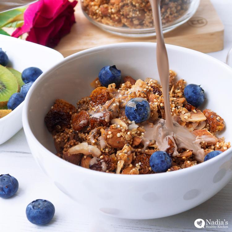 nadia-quinoa-granola