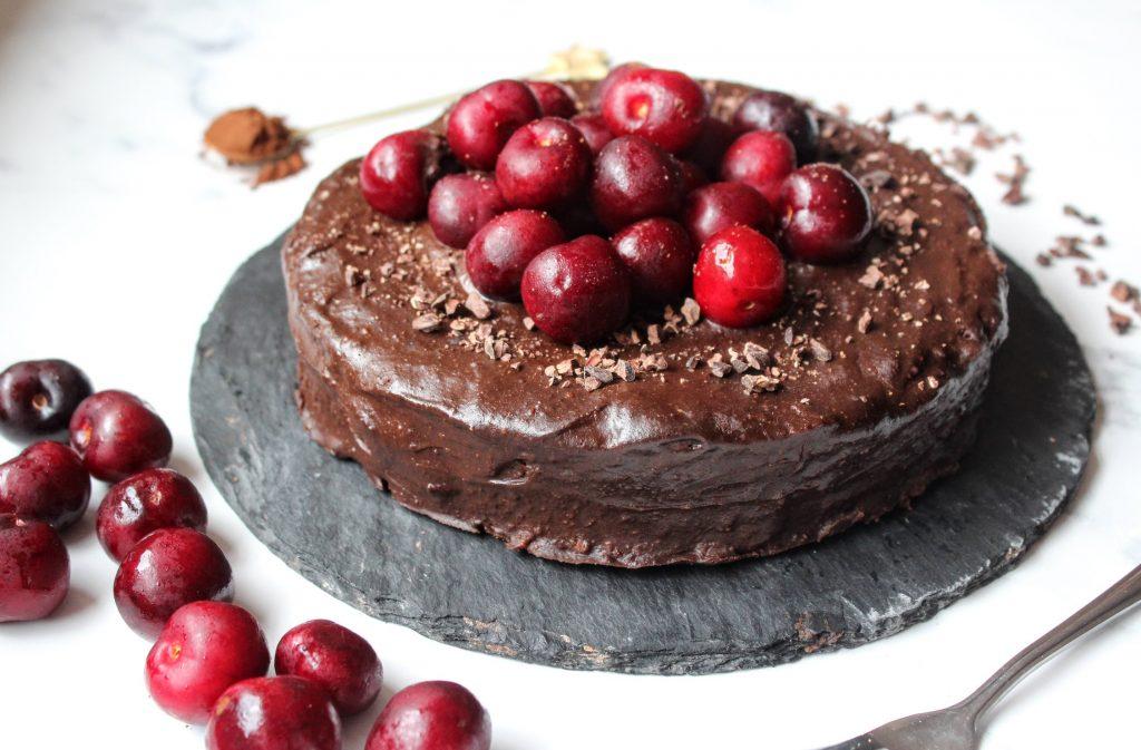 Bolo de ganache de chocolate cereja - Blog de alimentos saudáveis de SpamellaB 3