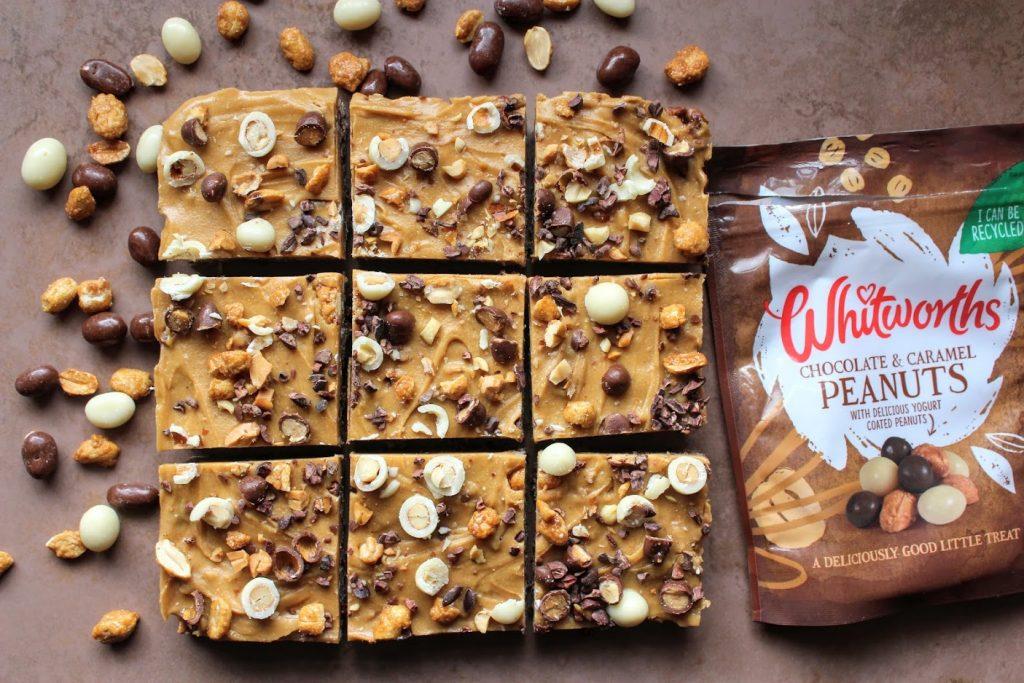Barras de chocolate, caramelo salgado e manteiga de amendoim - SpamellaB's Health Food Blog 27