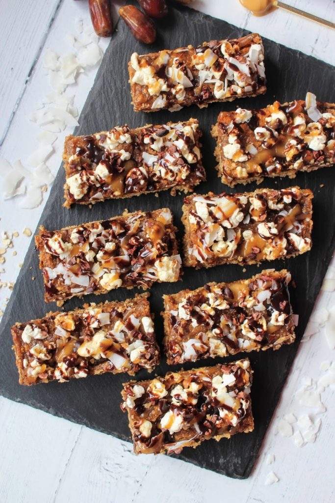 Barras de pipoca de caramelo Crunch - SpamellaB's Health Food Blog 3