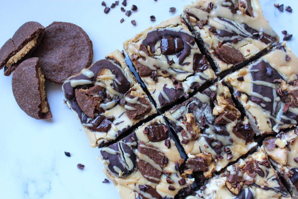 Brownies de Cheesecake de Manteiga de Amendoim Vegan - SpamellaB's Health Food Blog 3