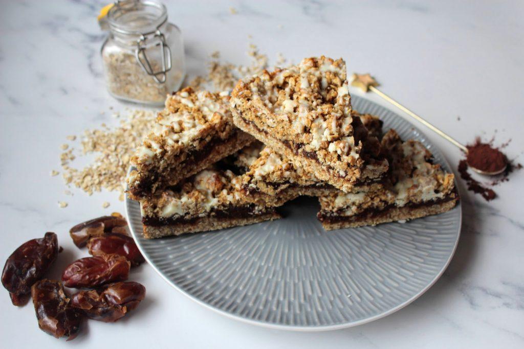 Chocolate Date Crumble Slice - SpamellaB's Health Food Blog 3