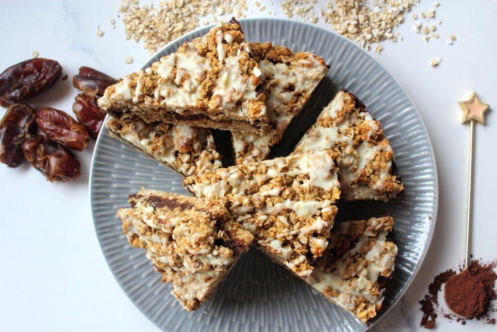 Chocolate Date Crumble Slice - SpamellaB's Health Food Blog 5