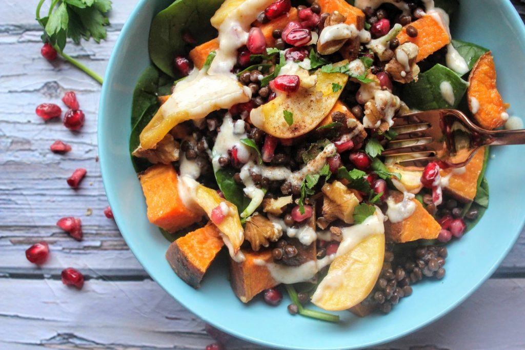 Salada de batata doce torrada com bordo, maçã e lentilha - Blog de comida saudável do SpamellaB 5