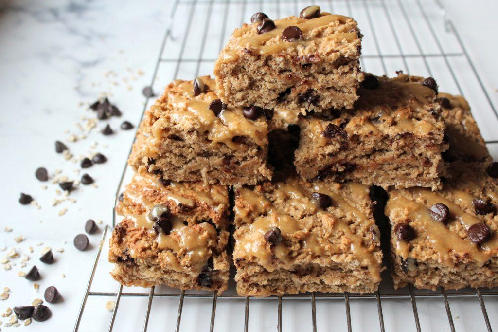 Barras de proteína de pão de gengibre com pedaços de chocolate - Blog de comida saudável de SpamellaB 4